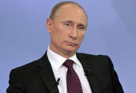 """Putin: Doar un om """"bolnav la minte"""" crede ca Rusia va ataca NATO"""