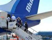 Blue Air - Trei zboruri...