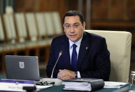 Bloomberg: Ponta reduce taxe ignorand avertismentele internationale