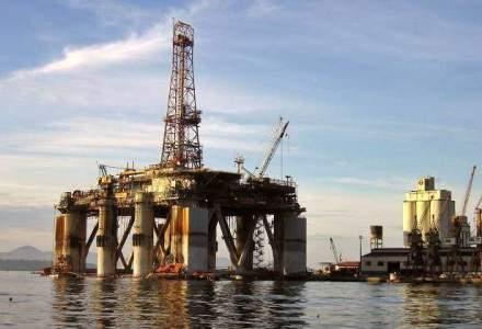 Cu toti ochii la Grecia, un calm straniu s-a lasat peste piata petrolului