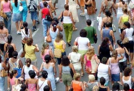 Zeci de mii de oameni denunta, in Atena si Salonic, conditiile impuse Greciei de creditorii externi