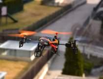 """Dronele, """"De la Pamant la..."""