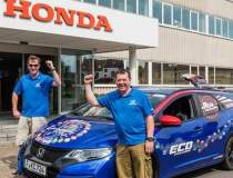 Honda intra in Cartea...