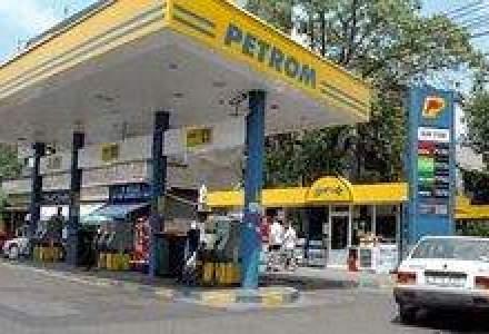 Petrom: Vanzarile de carburanti sunt in scadere si nu isi vor reveni din cauza masurilor Guvernului