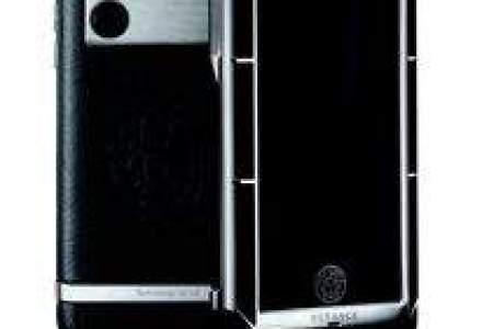 Versace lanseaza un telefon bazat pe tehnologia LG