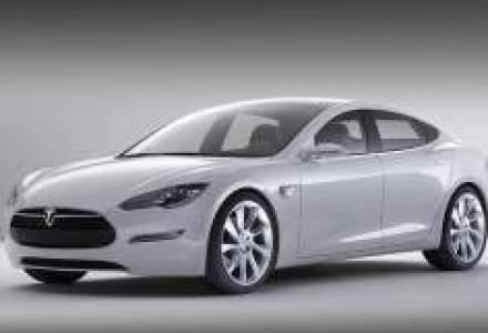 Toyota cumpara actiuni de 50 mil. dolari la Tesla Motors