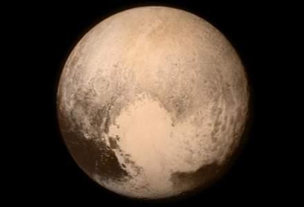 "NASA: Sonda americana New Horizons s-a ""intalnit"" cu Pluto"