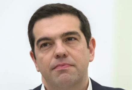 """Tsipras: Am negociat acordul cu creditorii """"cu cutitul la gat"""""""