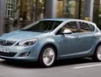 Comenzile noului Opel Astra...