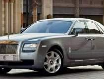Rolls-Royce sfideaza criza cu...