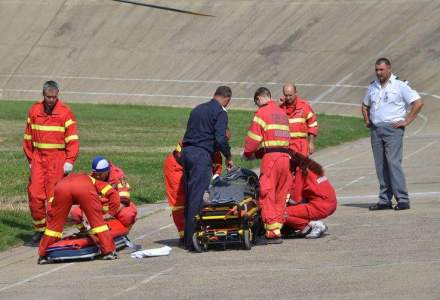 Autocar rasturnat pe Autostrada Soarelui: doi morti, 48 de victime