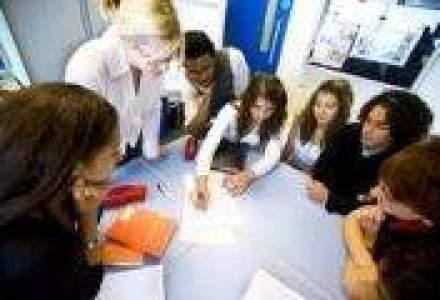 UniCredit acorda credite pentru MBA studentilor de la Maastricht School of Management