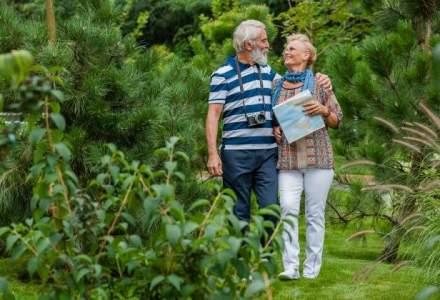Profilul seniorilor romani: cum calatoresc si cat cheltuiesc pe o vacanta in strainatate