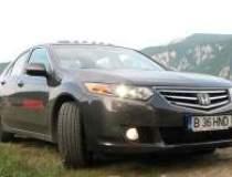 Honda Civic Sedan si Accord...