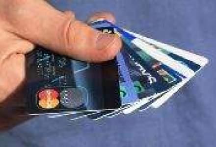 Cat de des isi platesc romanii cumparaturile cu cardul de credit
