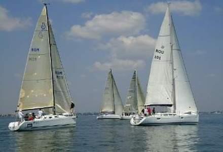 Navigatia, hobby de executiv: Ce invata managerii pe mare si in Delta