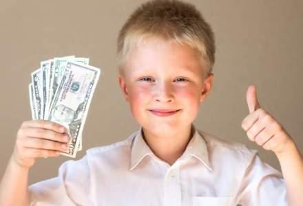 Educatie financiara pentru copii: 5 lucruri pe care cei mici trebuie sa le invete despre bani