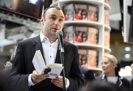 Jurnalistul Marius Tuca va prelua postul de radio Smart FM