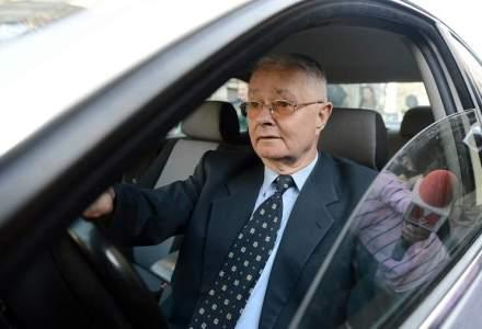 Magureanu, intrebat daca este acuzat de crime impotriva umanitatii: Este o intrebare neroada