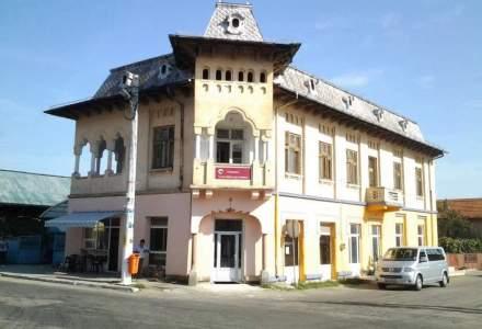 "Casa de la tara la care ""tragea"" Brancusi, la vanzare pentru 175.000 euro"