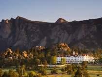 Hotelul din The Shining...