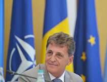 Ponta: Ii propun lui Mircea...