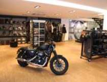 Cate Harley-Davidson s-au...