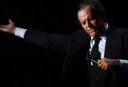 Julio Iglesias transmite condoleante romanilor in urma tragediei din Colectiv: Inima mea este cu voi