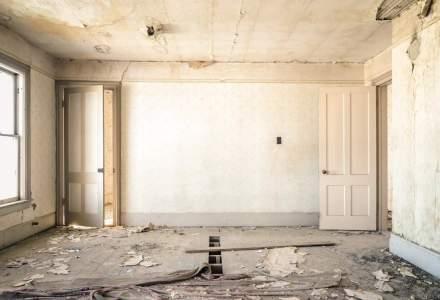 """Statistici sumbre: Locuim in case unde o treime nu au dusuri si unde 40% din spatii au nevoi imediate de reparatie. """"Romanilor li s-a oferit un cadou pe care n-au stiut sa-l valorifice"""""""