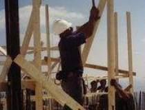 Lucrarile de constructii scad...