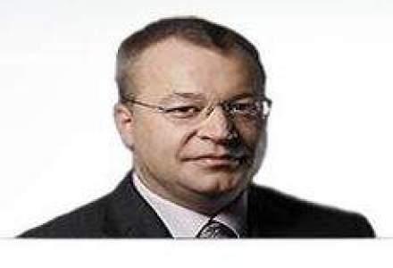 Nokia isi ia director general de la Microsoft