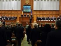 Parlamentul continua...