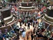 Investitorii din Hong Kong,...