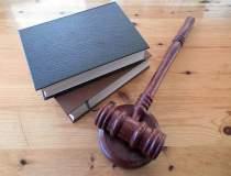 Legea pensiilor pentru alesii...