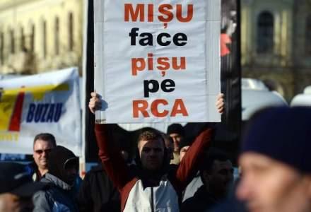 """De ce nu au dreptate asociatiile de transportatori in """"razboiul"""" cu societatile de asigurari pe tema tarifelor RCA"""
