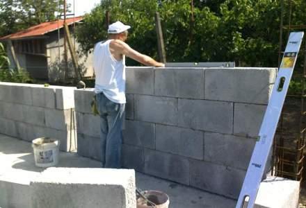 Viitorul constructiilor suna bine: a fost inventat betonul care nu crapa. Cum arata, cum functioneaza si ce avantaje ofera?