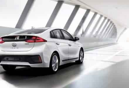 Hyundai dezvaluie primele poze cu modelul hibrid Ioniq