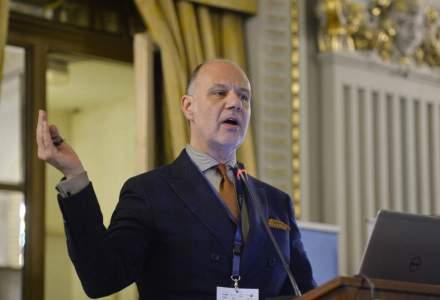 Cristian Popa, fostul viceguvernator al BNR, propunerea oficiala a Romaniei pentru functia de vicepresedinte al BEI