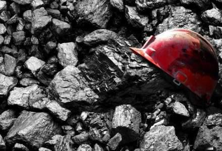 Protest spontan al minerilor din Valea Jiului dupa intrarea in insolventa a CE Hunedoara
