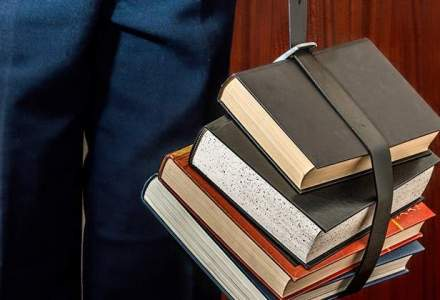 Elevii revin la scoala luni: cand vor fi urmatoarele vacante