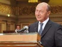 Basescu retrimite in...