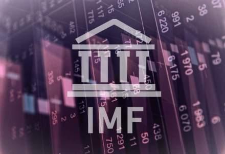 FMI reduce estimarile de crestere a economiei globale, din cauza petrolului, dolarului si Braziliei