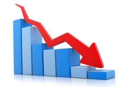 Rubla a atins un minim record fata de dolar, pe fondul scaderii cotatiilor petrolului