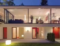 ANALIZA: Casa de lemn sau...