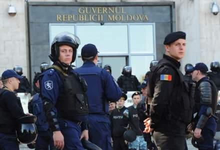 Protestele de la Parlamentul moldovean continua si joi, anunta organizatorii