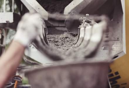 Importul de ciment, var si alte materiale de constructii s-a injumatatit in 2015 in transportul maritim, iar exportul cunoaste o crestere de patru ori mai mare