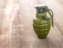 O grenada a explodat in...