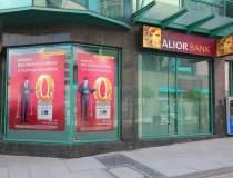 O noua banca poloneza ataca...