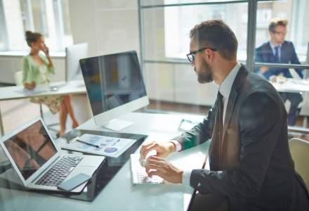 Studiu: cei mai multi romani vor sa lucreze in domeniile IT si auto; candidatii entry-level cer salarii de la 1.400 lei