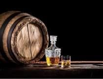 Sticlele vechi de whisky, mai...